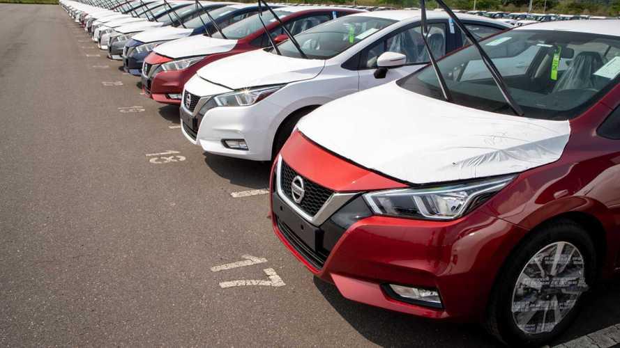 Novo Nissan Versa já está no Brasil: 1º lote mexicano desembarca no RJ