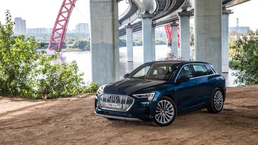 Ищем бензиновые рудименты в кроссовере Audi e-tron