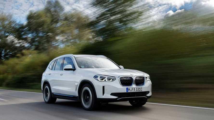 BMW iX3 2021: Main Aman demi Tetap di Zona Nyaman