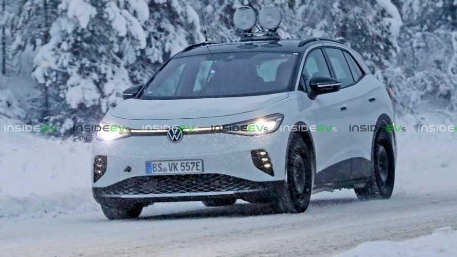 Volkswagen ID.4 GTX: versão 'quente' do SUV elétrico é flagrada em testes