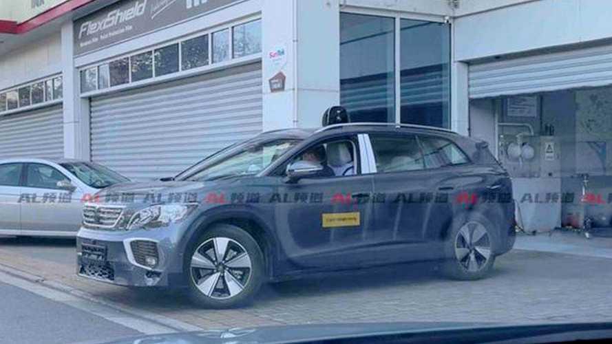 Volkswagen ID.6: SUV elétrico de 7 lugares é flagrado em testes