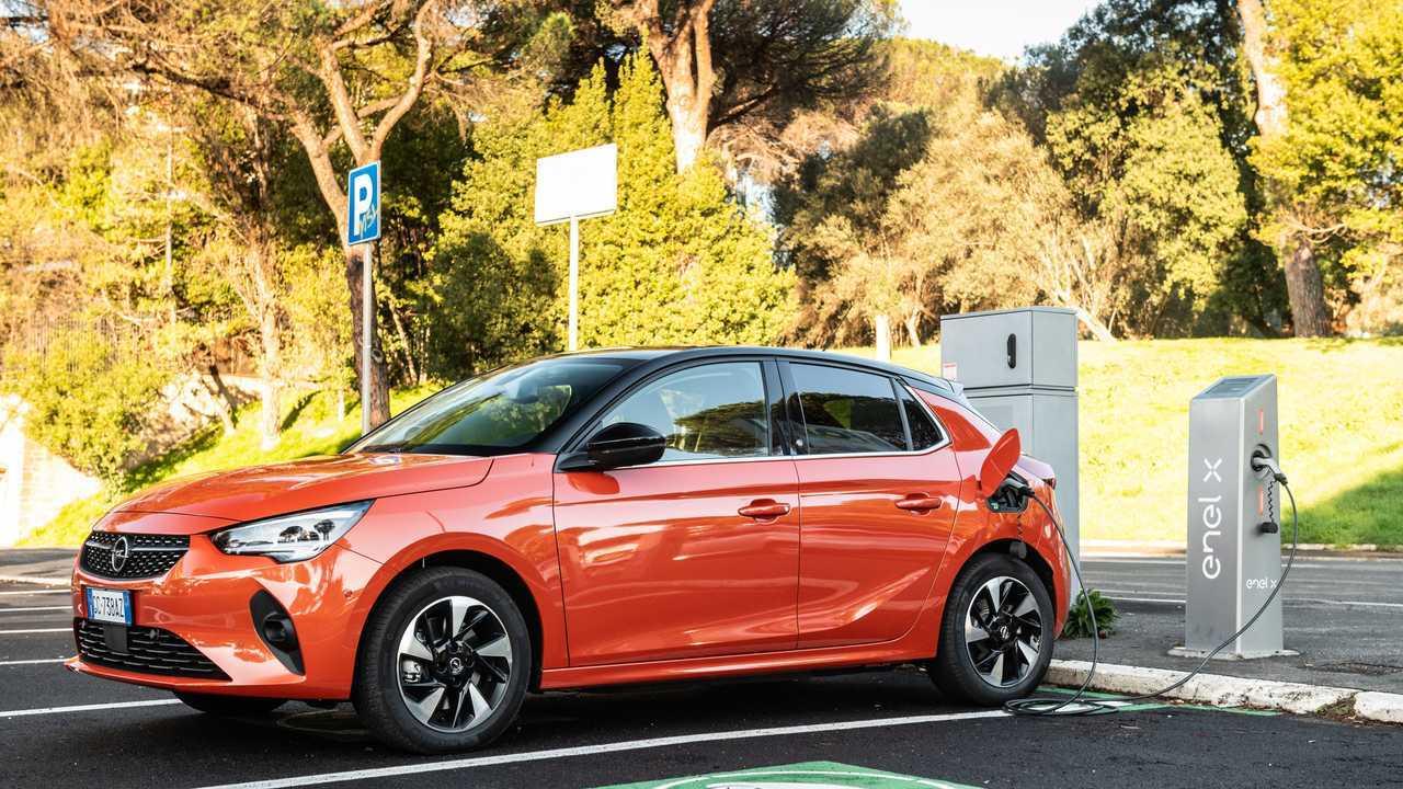 Opel Corsa-e la prova del Garage di InsideEvs.it
