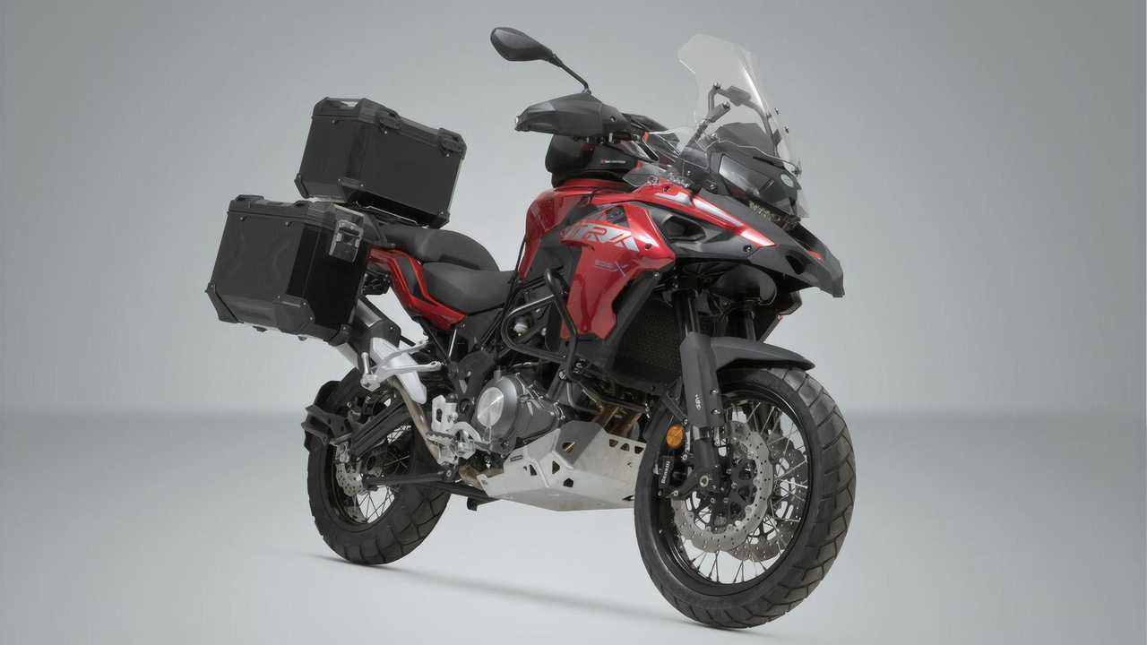Benelli TRK 502 X with SW-Motech Adventure Set Luggage in Black
