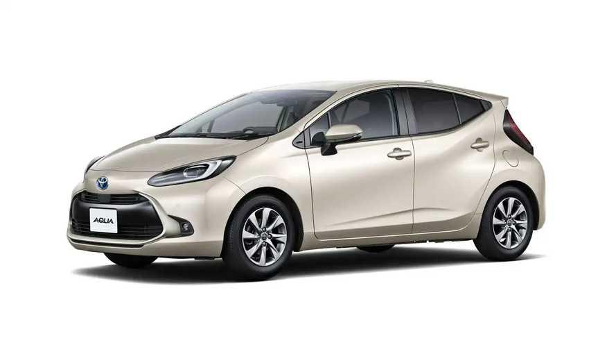 2022 Toyota Aqua (JDM)