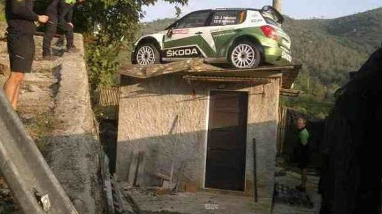 Juho Hänninen, Skoda IRC rally car on a roof, Sanremo 2012