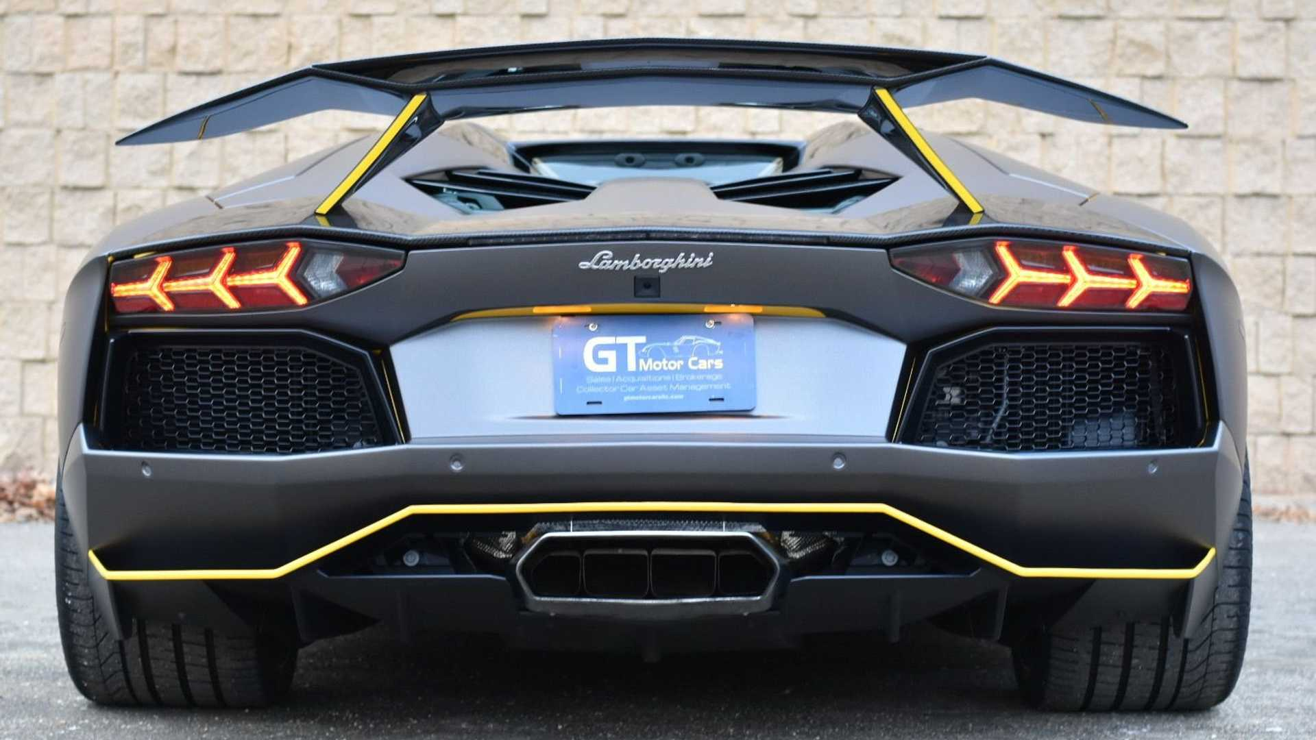"[""Live Bullishly In This 2015 Lamborghini Aventador LP 700-4""]"