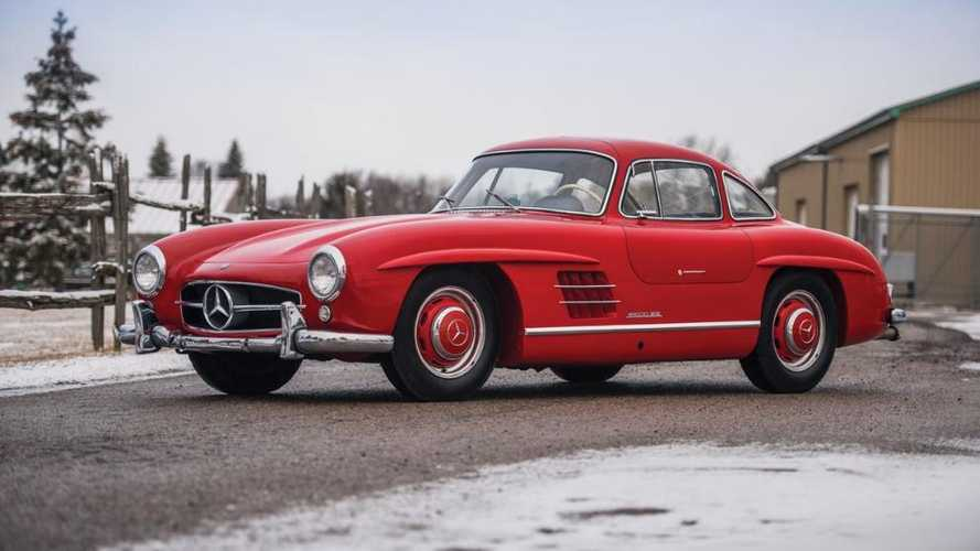 Low-mileage Gullwing Mercedes leads Fort Lauderdale sale