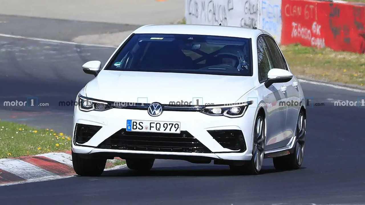 2021 VW Golf R kém fénykép