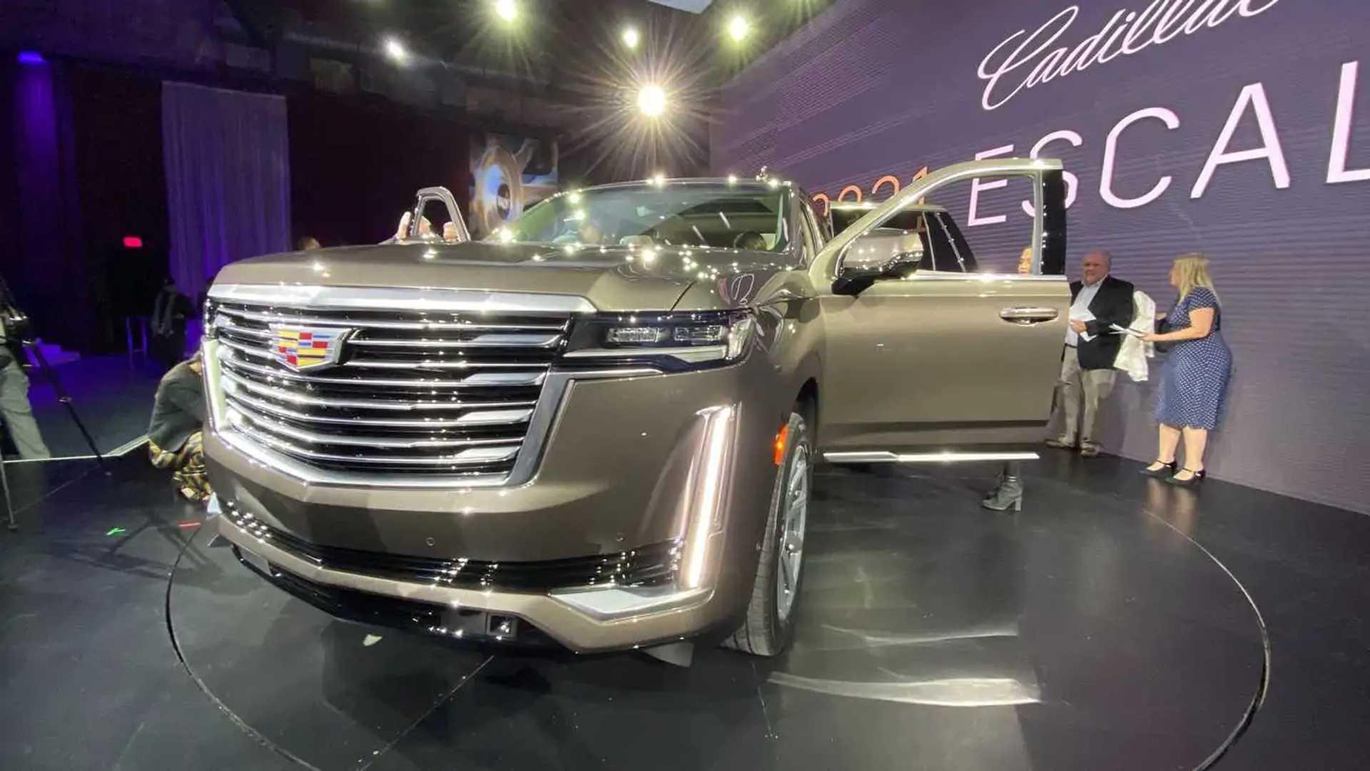 Cadillac Escalade 2021 года в прямом эфире