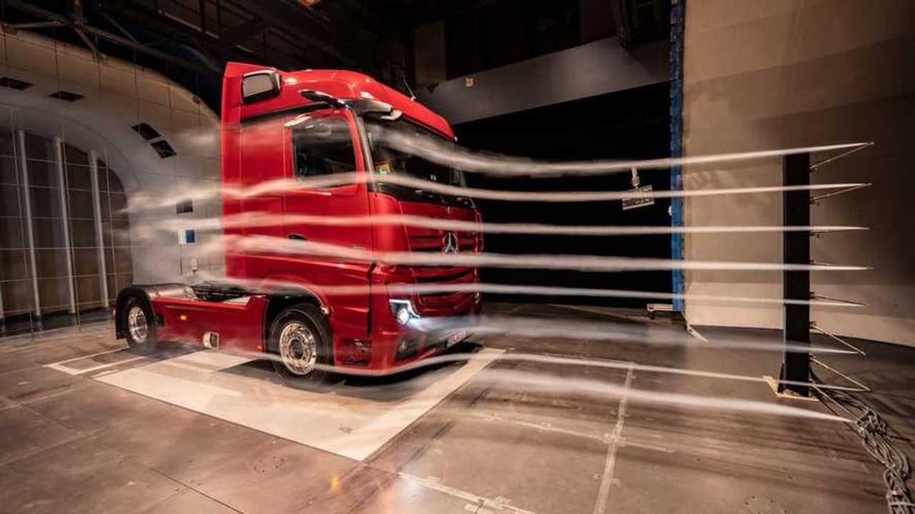mercedes-benz actros camion aerodinamico