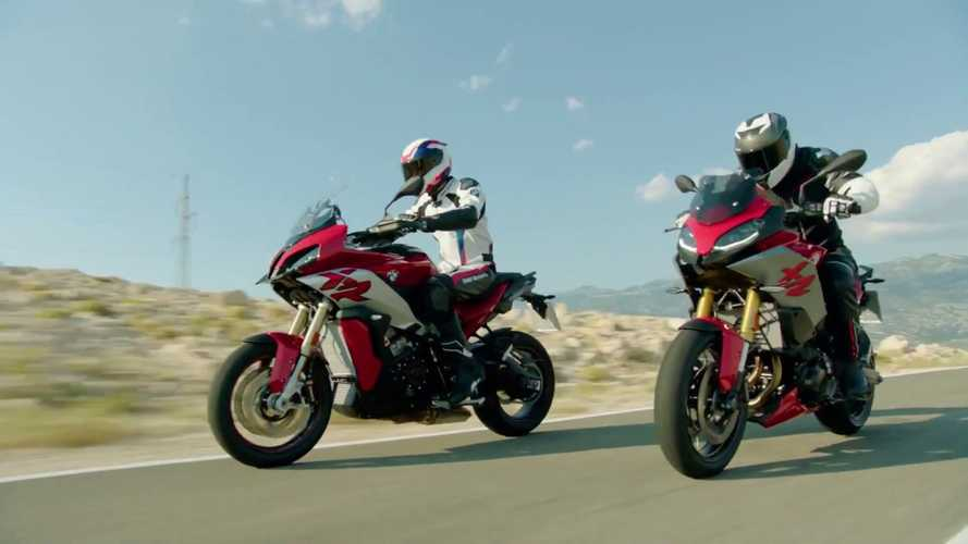 BMW, in azione con la S 1000 XR e la F 900 XR [VIDEO]