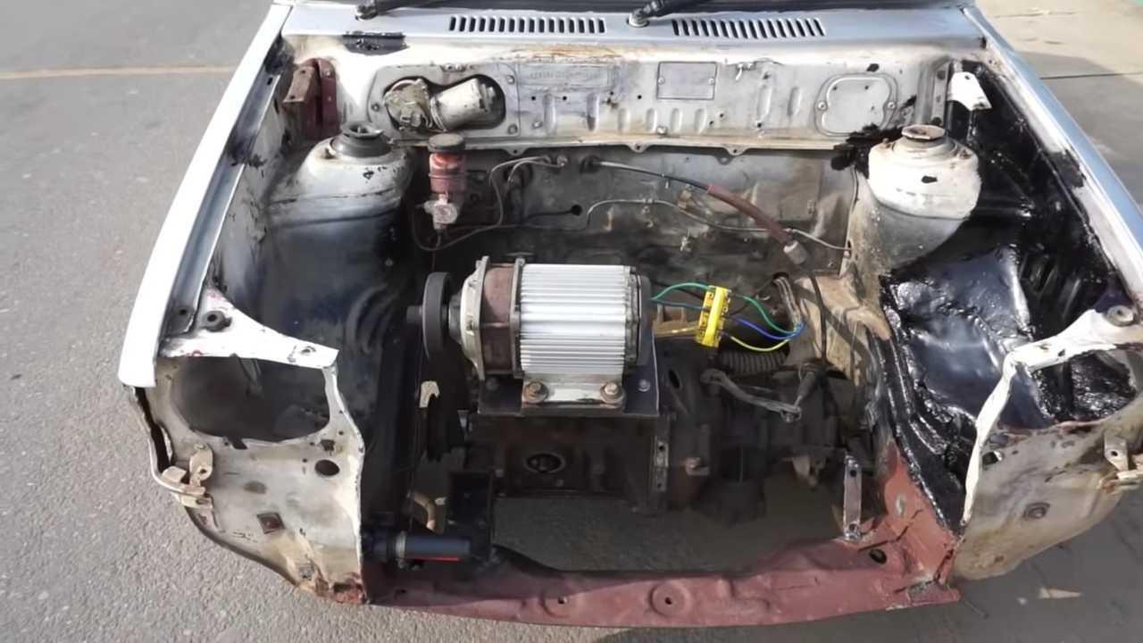 Este Maruti 800 es la conversión EV más barata que hemos visto 79