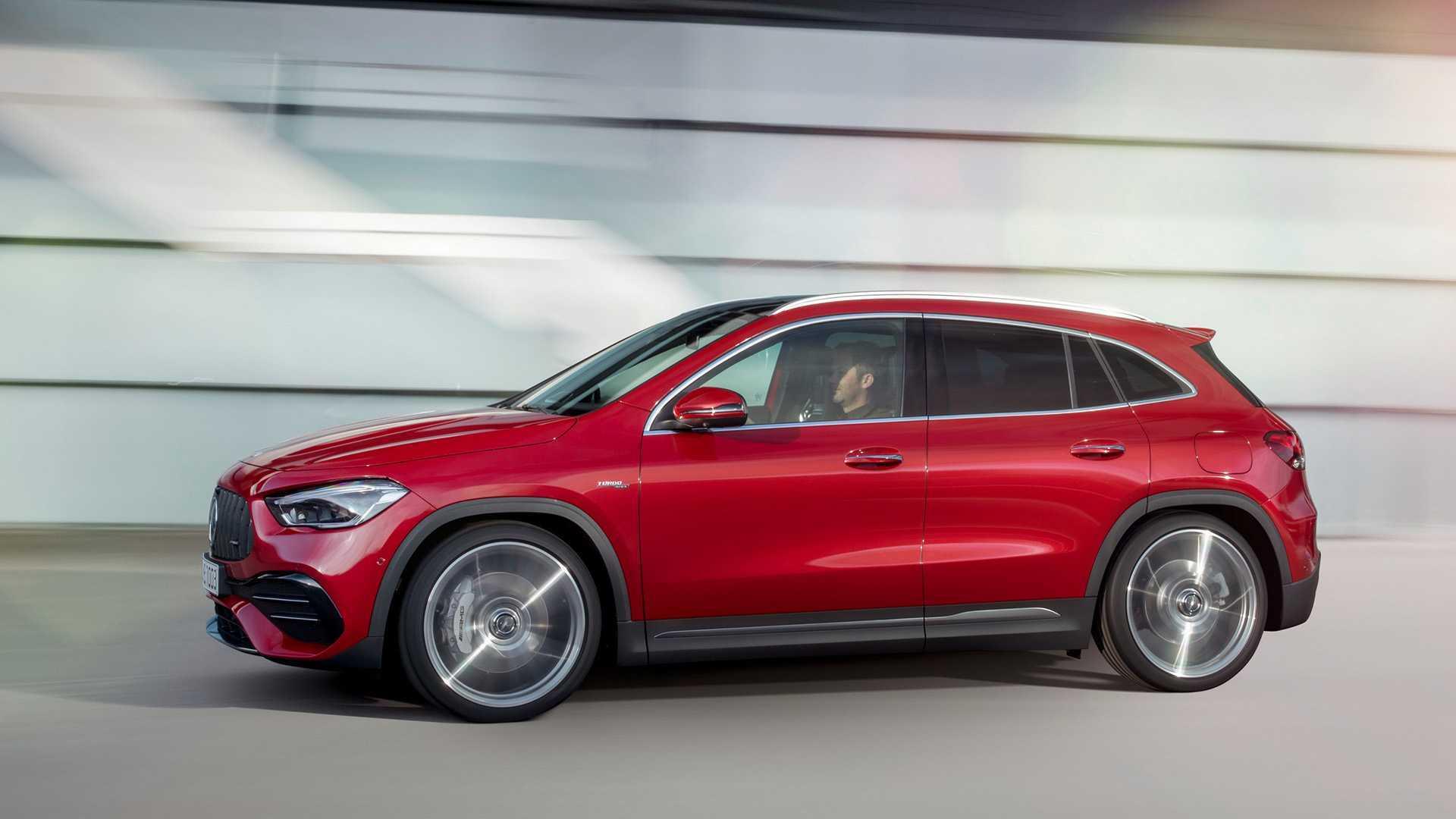 Mercedes Benz Gla 2021 Perde Jeito De Hatch E Vira Ao Brasil Em 2020