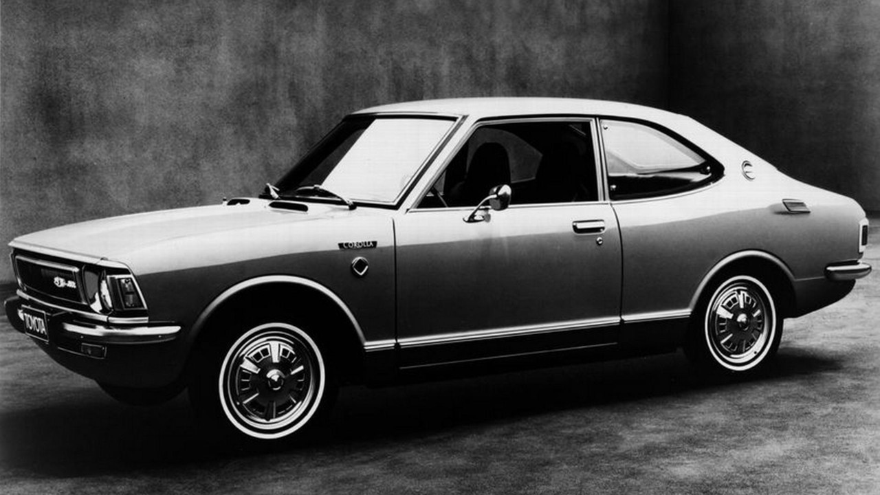 Kelebihan Toyota Corolla 1970 Perbandingan Harga