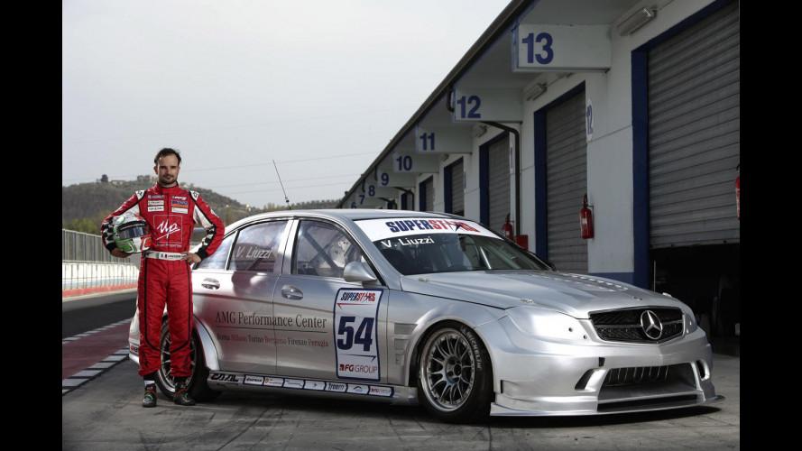 Liuzzi in Superstars con Mercedes-AMG