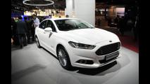 Salone di Parigi: Ford S-Max, monovolume determinata