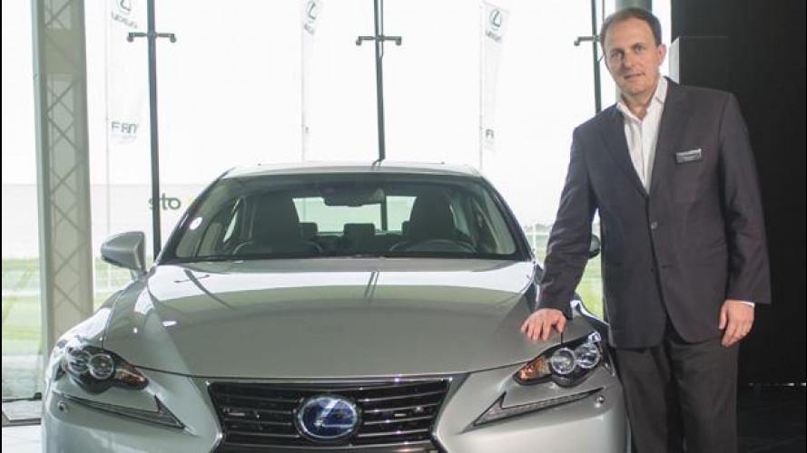 """Auto ibride, come """"guadagnare"""" 3.000 euro in 100.000 km"""