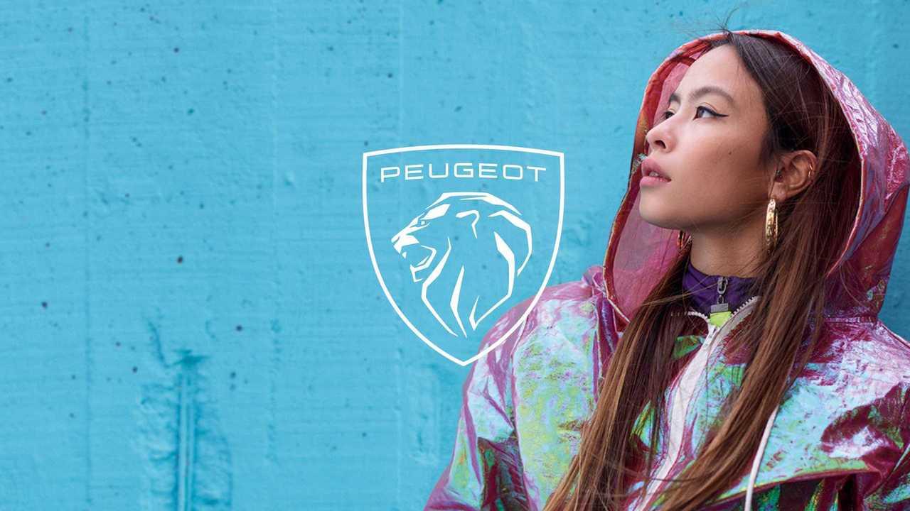 Компания Peugeot в 11-й раз сменила эмблему