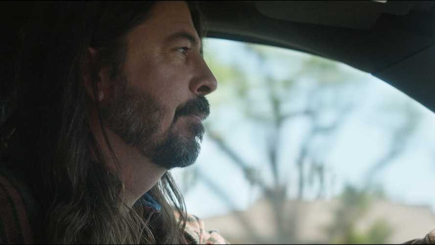 Foo Fighters' Dave Grohl Helps Sell Ram 1500 In New Ad Campaign