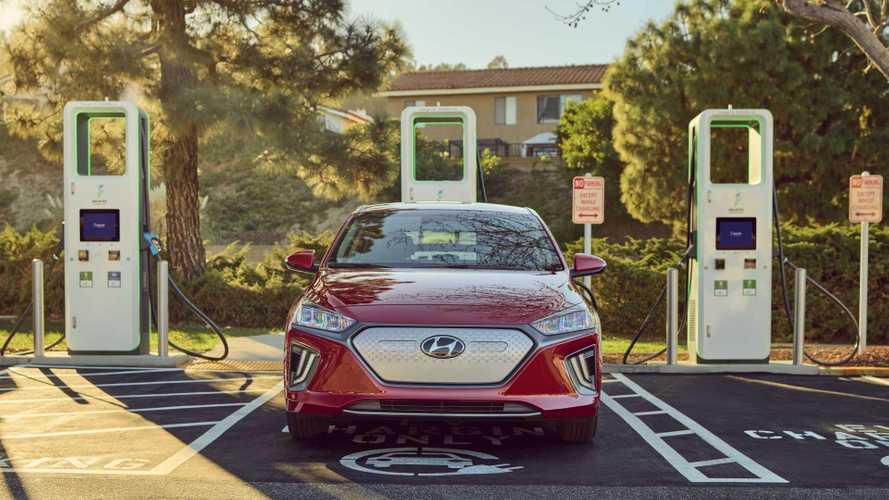 2021 Hyundai Ioniq, Kona EV Buyers Get 1,000 Miles Of Free Charging On Electrify America