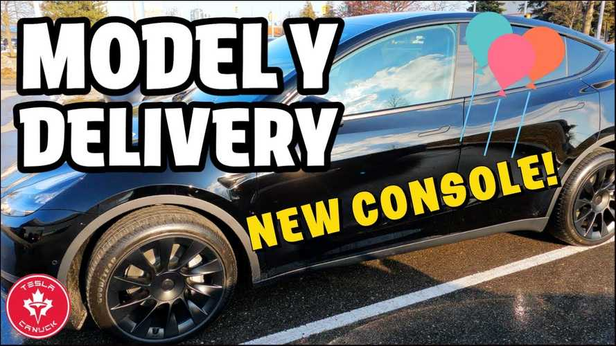 New Tesla Model Y Owner Shows Redesigned, Improved Center Console