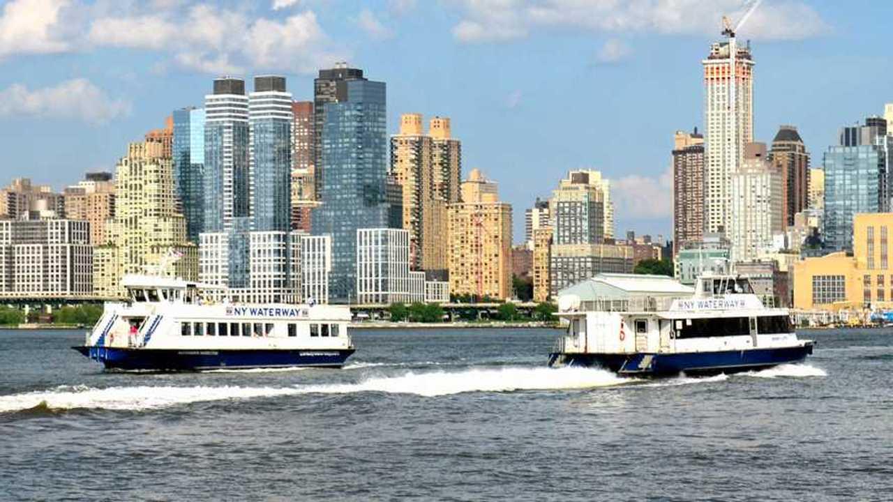 New York Midtown Cross Ferries