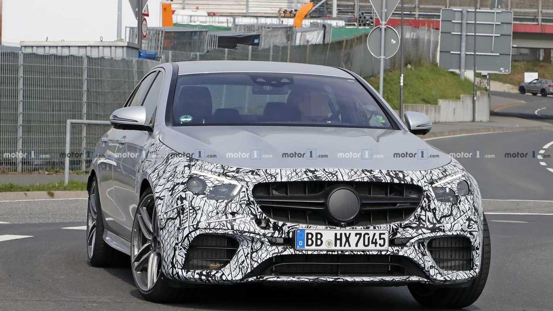 2020 - [Mercedes-Benz] Classe E restylée  - Page 2 2021-mercedes-amg-e63-sedan-spy-photo
