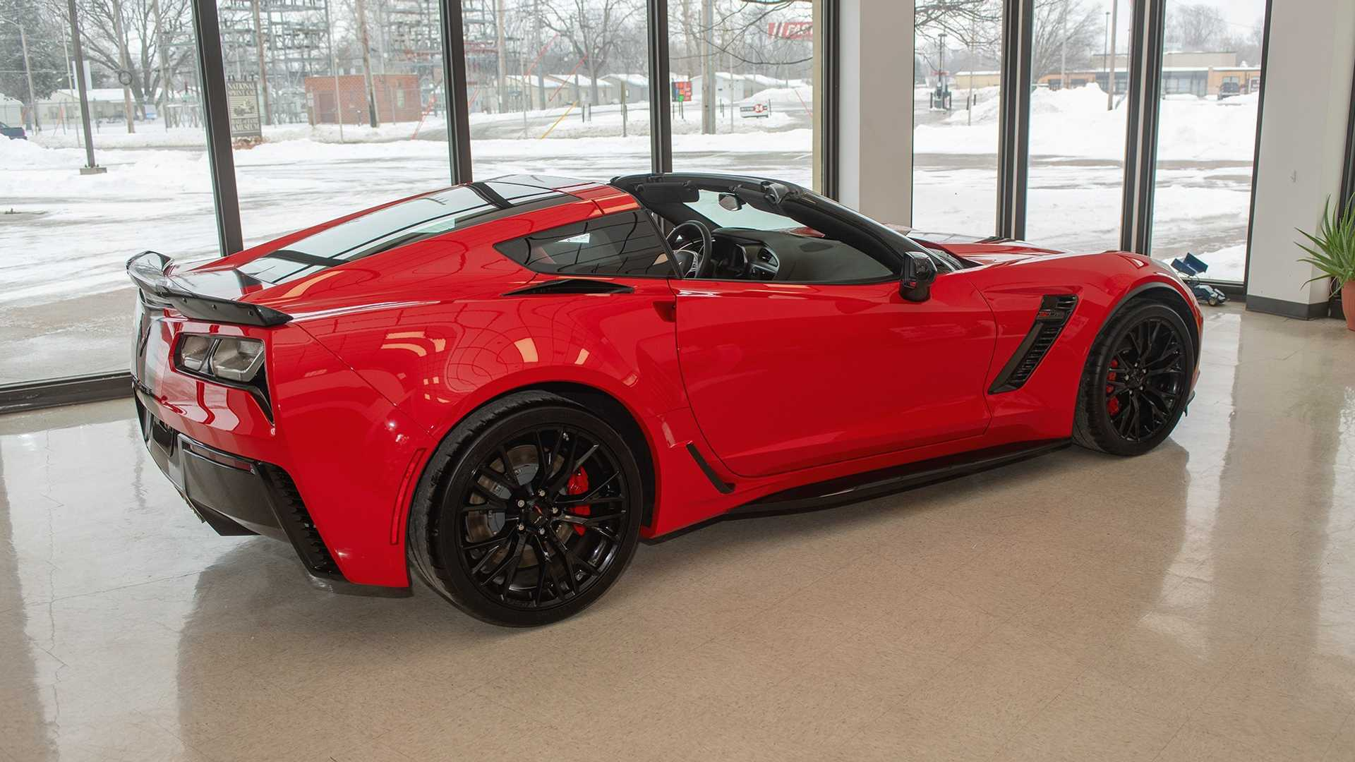 """[""""Help The National Sprint Car Hall Of Fame & Museum, Win A Z06 Corvette""""]"""