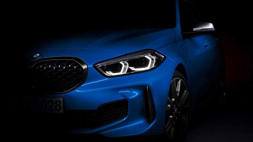 BMW adianta design invocado do novo Série 1 2020