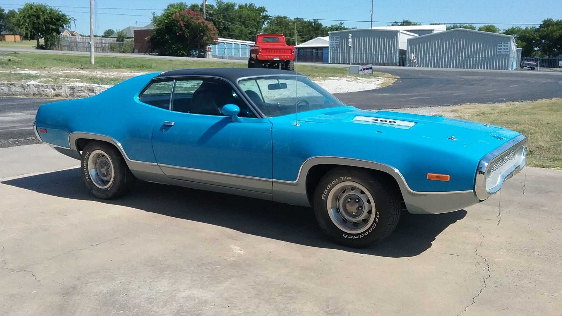 Fly Under The Radar In This 1972 Plymouth Satellite Sebring