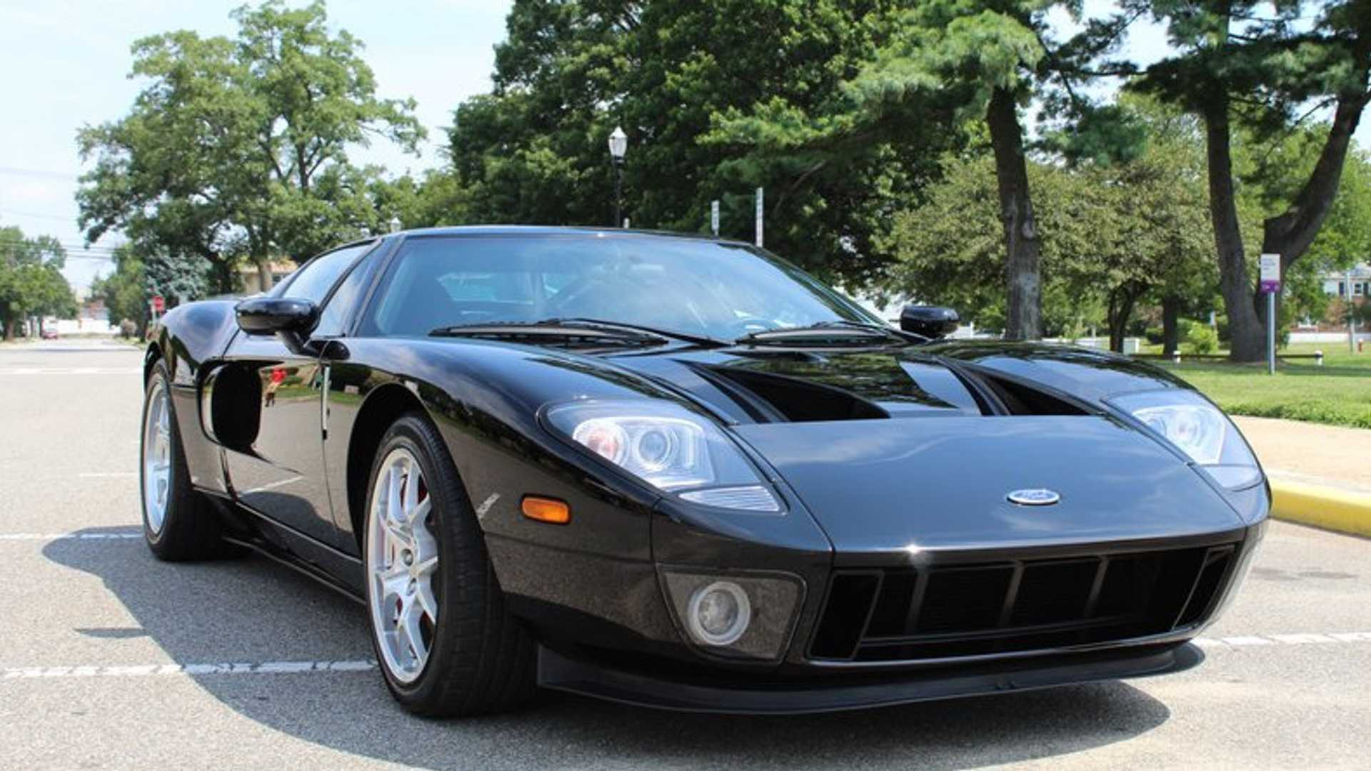 Museum Quality 2006 Ford Gt Is Art In Motion Motorious