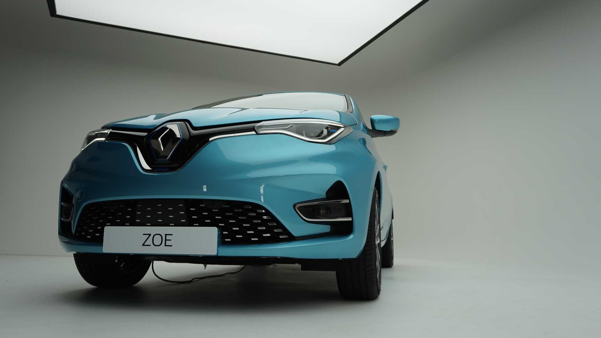 Meet The New 2019 Renault ZOE With 52 kWh Battery And 100 kW