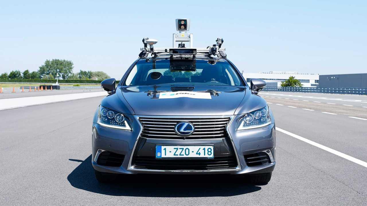 Toyota testet automatisiertes Fahren auf öffentlichen Straßen mit Lexus LS