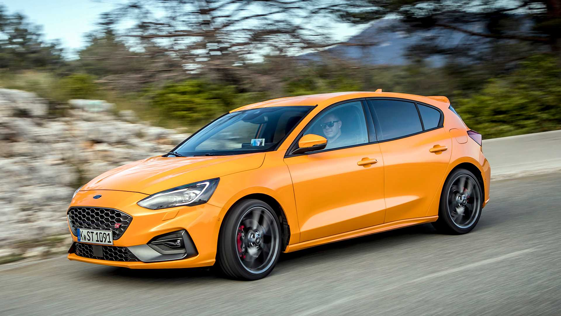 Focus St Horsepower >> 2019 Ford Focus St First Drive Another Energetic St