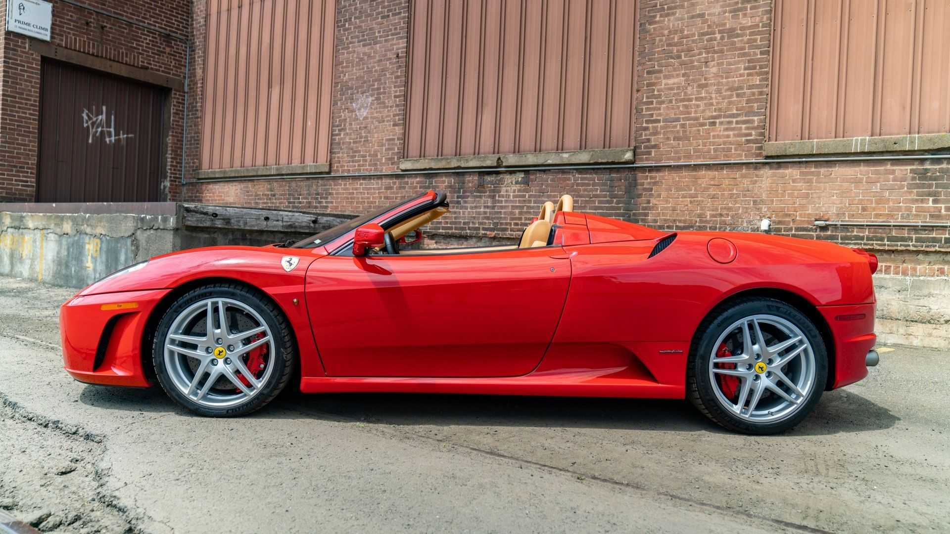 """[""""Ferrari F430 Spider Comes With A Gated Manual""""]"""