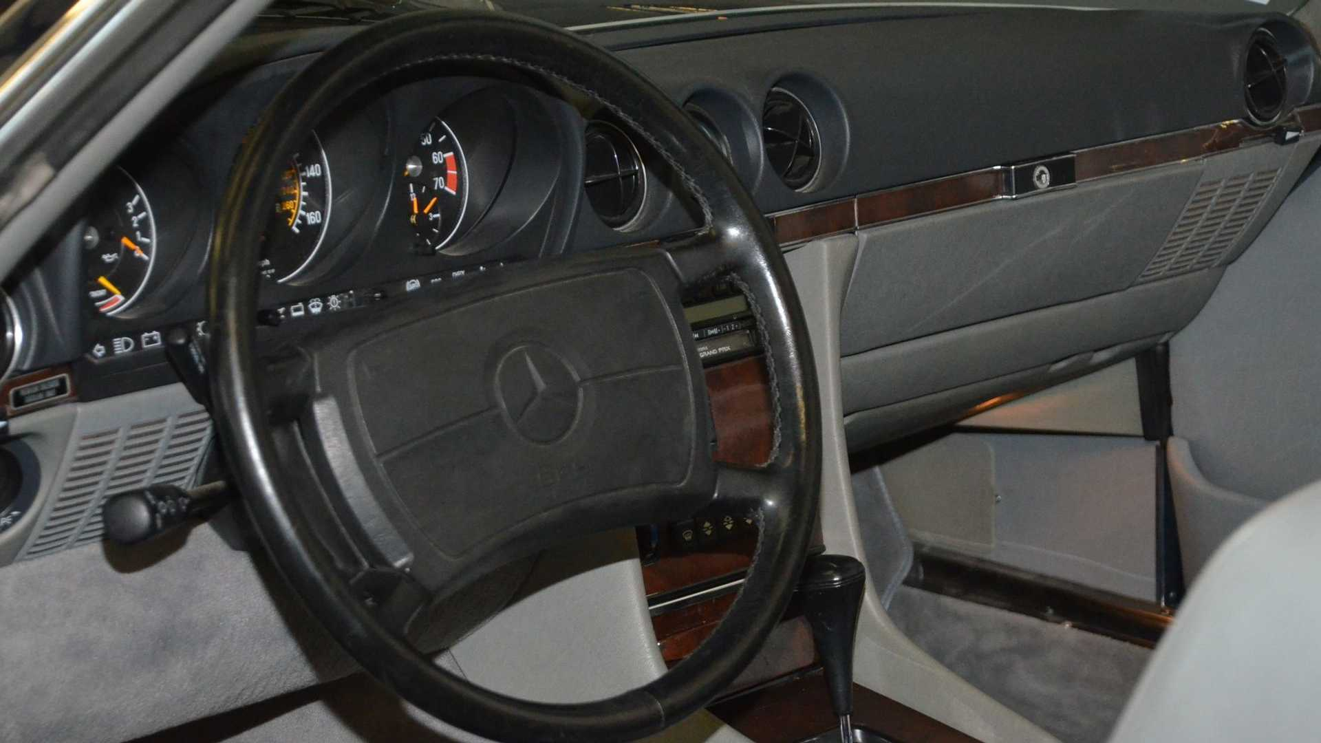 "[""Dual-Top 1989 Mercedes-Benz 560SL Is A One-Owner Time Capsule""]"