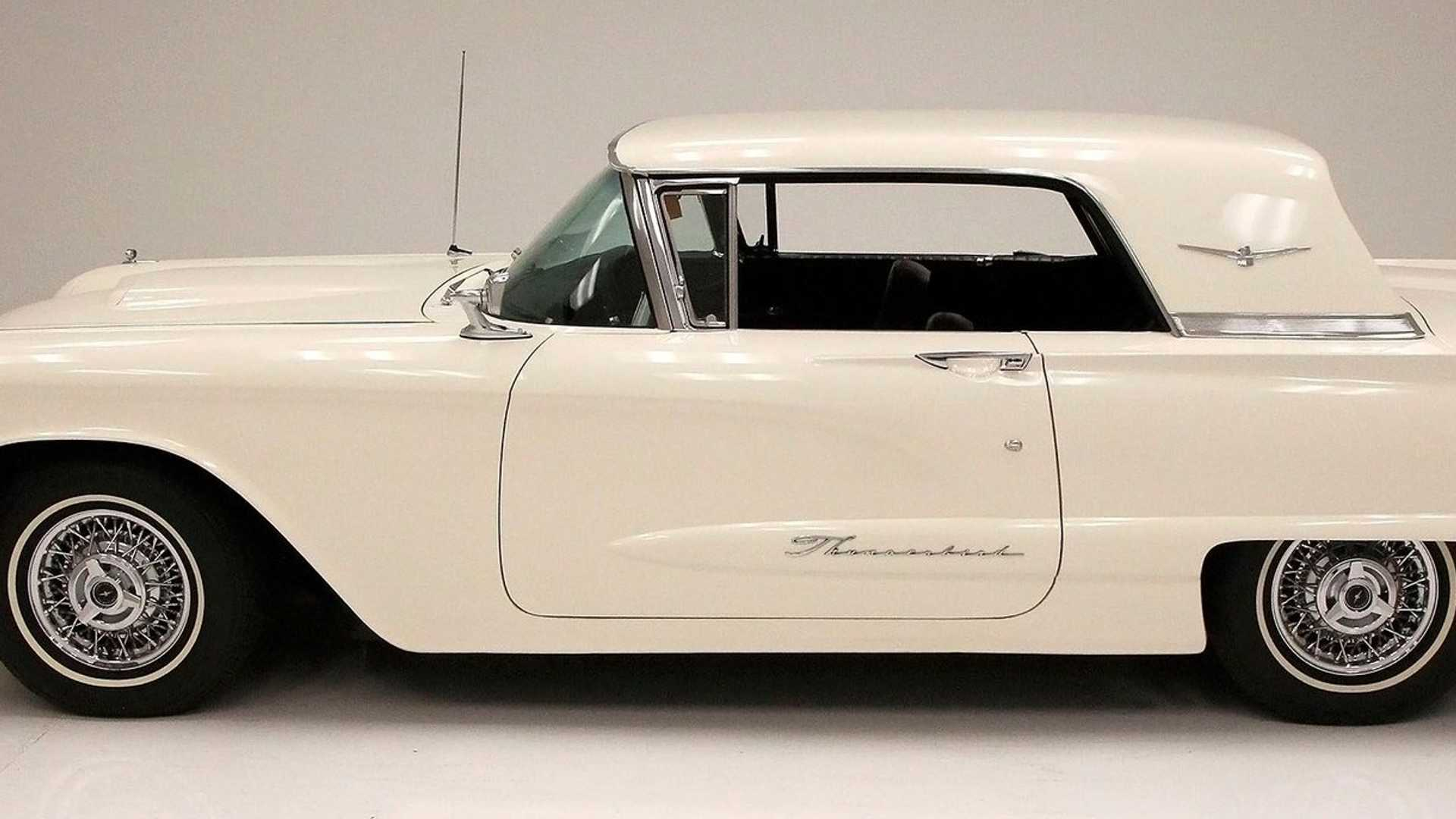 """[""""Get Your Hands On This Spotless 1960 Ford Thunderbird""""]"""