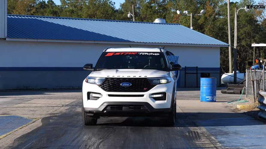 Ford Explorer ST Vs Dodge Durango SRT Drag Race