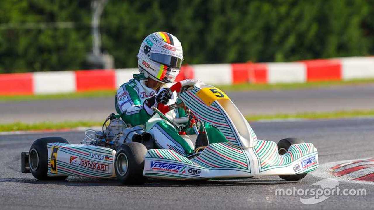 Sebastian Vettel testing Tony Kart shifter in Lonato