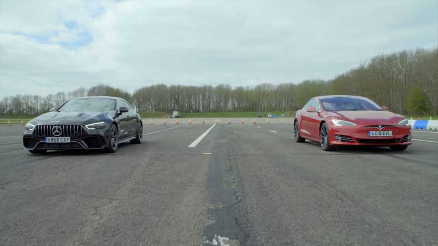Tesla Model S vs AMG GT 63 4-Door super saloon drag race is surprising