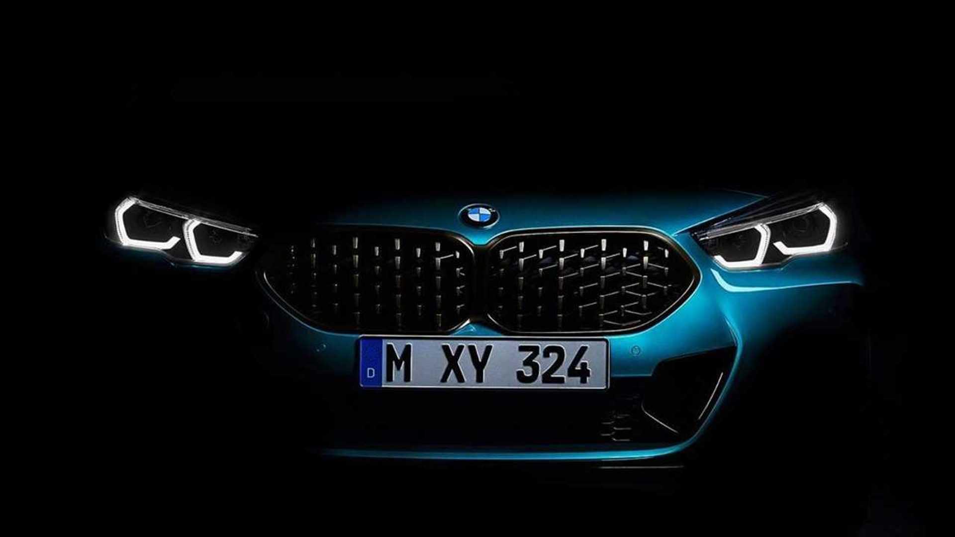 BMW Serie 2 Gran Coupé, i teaser prima del debutto