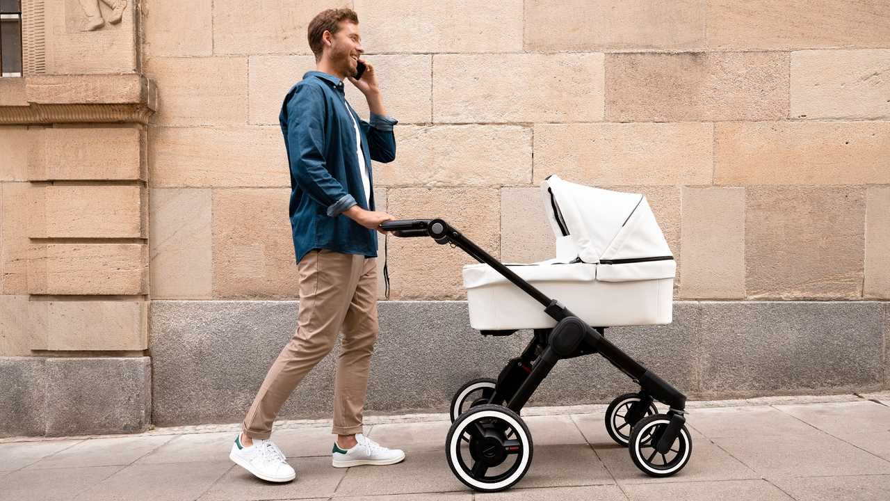 Bosch: электропривод для детской коляски