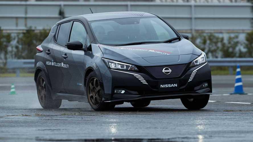 Nissan testa Leaf com dois motores elétricos e tração integral