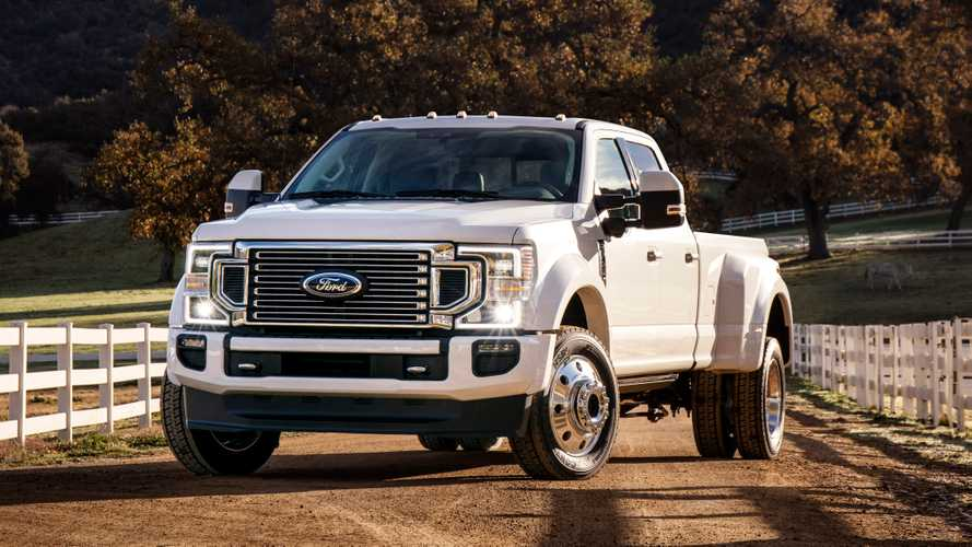 Ford usa fita adesiva para mitigar risco de incêndio em picapes