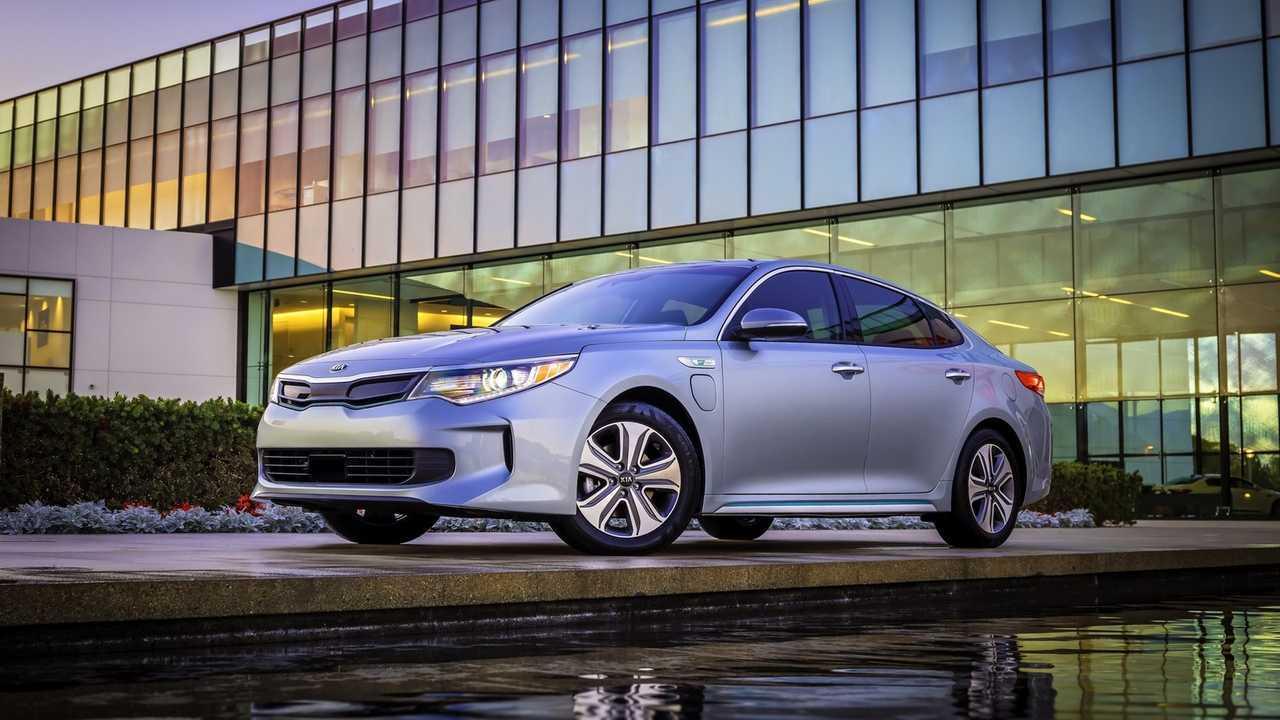 Best PHEVs - 3rd - Kia Optima Plug-in Hybrid