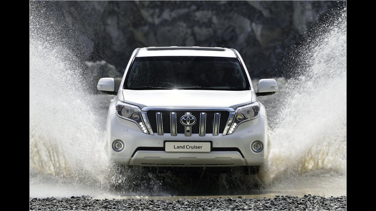 Land Rover Defender gegen Toyota Land Cruiser
