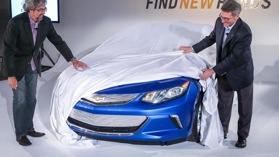 Chevrolet talks about the 2016 Volt's charging