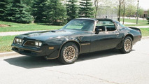 pontiac trans am smokey and the bandit previously owned by burt reynolds auctioned for 480000