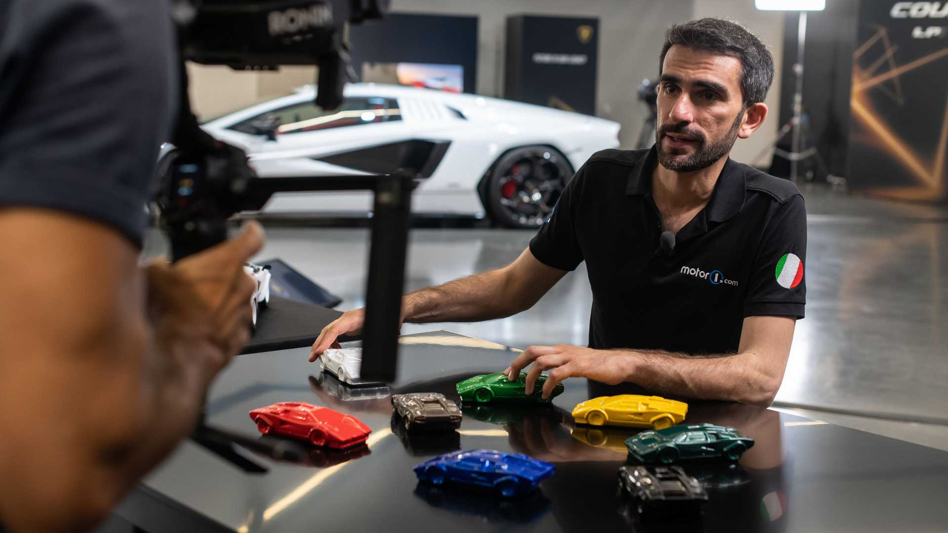 Lamborghini Countach LPI 800-4, live photos