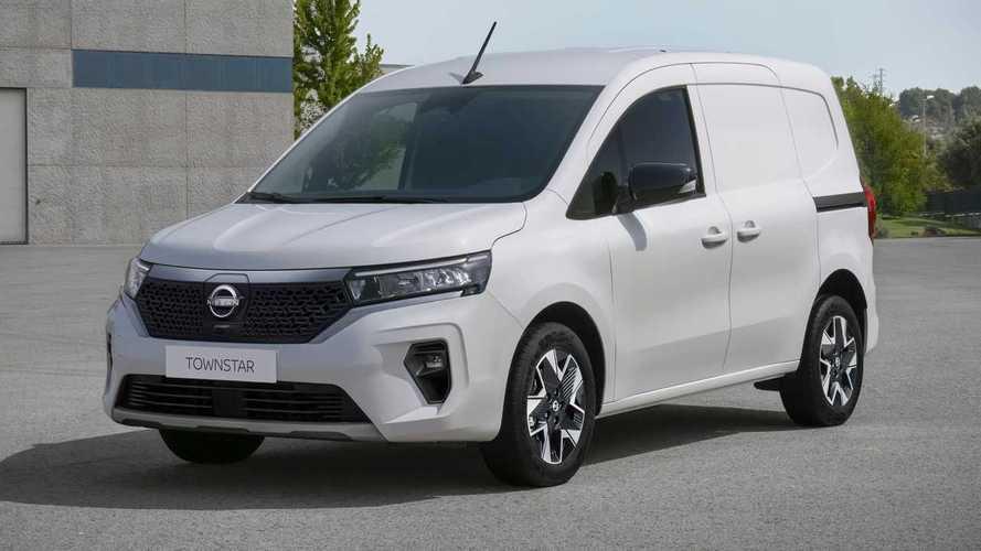 Ecco Nissan Townstar, il nuovo small van solo elettrico e benzina